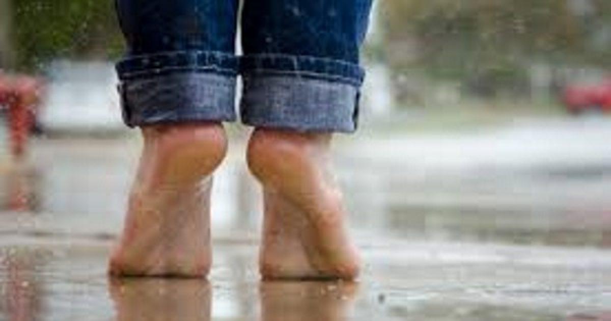 dörzsölje a lábát ecettel a visszér ellen visszér fotó a lábán